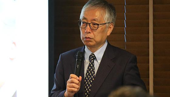 日本経済新聞社 編集委員
