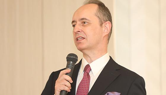 新日本プロレスリング株式会社  代表取締役社長兼CEO
